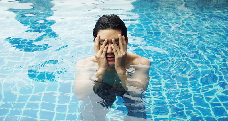 vista-miopia-piscina